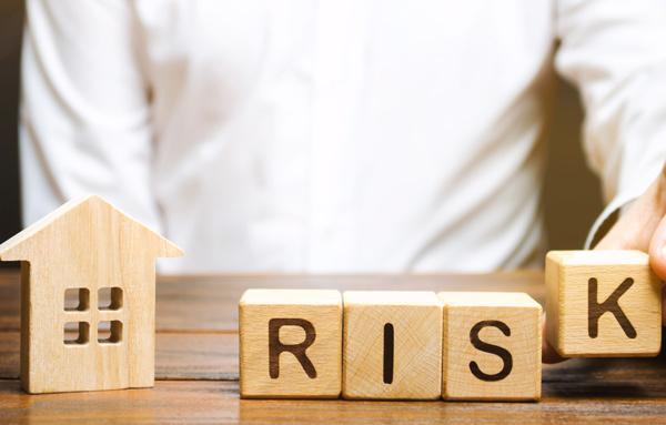 アパート経営の7つのリスクとは?知っておくべき対策を解説