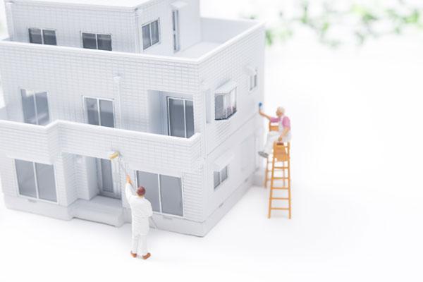 アパートの外壁塗装、いくらかかる?相場や期間、注意点を解説