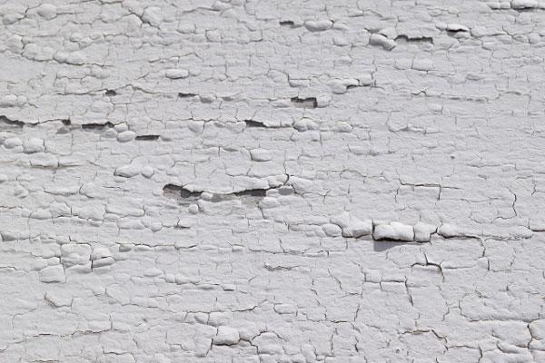 塗装したほうがよいかどうか?外壁劣化の現れの例 剥がれ